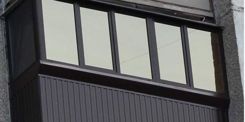 Остекление лоджии под ключ. Остекление балкона под ключ. ГОСТ. Сургут.